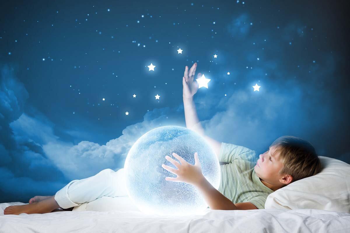 Лунный календарь снов на август 2021